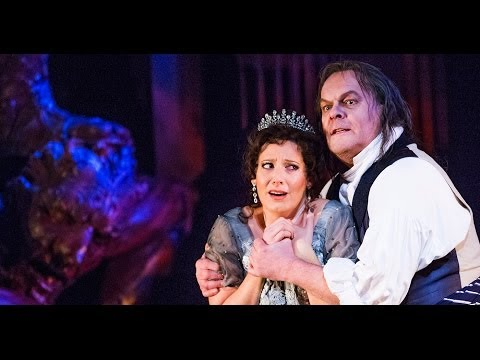 Watch: Jonathan Kent on what makes Tosca a director's dream