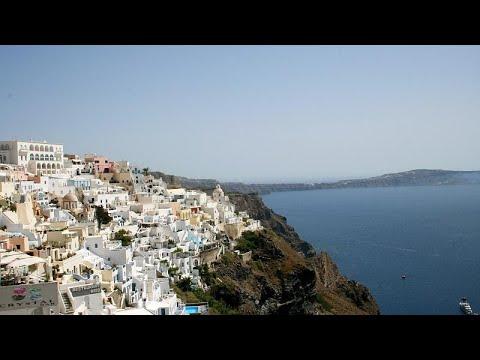 Ο κορωνοϊός «χτυπά» τον τουρισμό