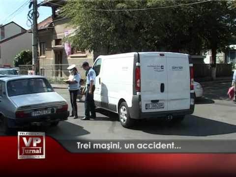 Accident cu trei maşini la Câmpina