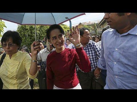 Μιανμάρ: «Εθνική συμφιλίωση» επιδιώκει η Αούνγκ Σαν Σου Κι