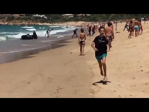 «Απόβαση» μεταναστών σε τουριστική παραλία της Ισπανίας
