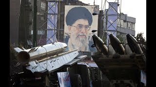 صراع الساسة والعسكر في ايران على الاقتصاد يشتغل..اتهامات بين روحاني والحرس الثوري..لماذا؟