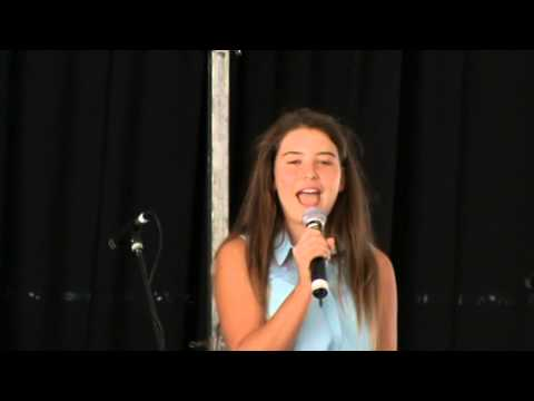 Danielle de Villiers (13 years) singing Timbaktoe