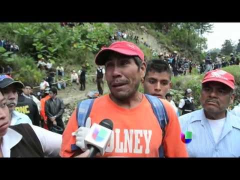 Accidente en Chimaltenango deja 43 muertos & Grupo armado mata a 11