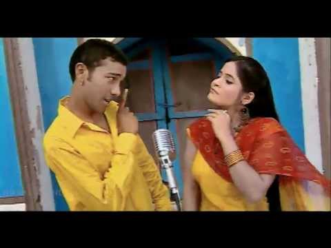 Video Kuldeep Rasila Miss Pooja | Safari | Official Goyal Music download in MP3, 3GP, MP4, WEBM, AVI, FLV January 2017