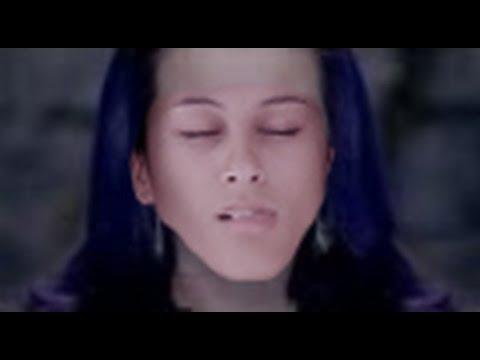 Katy Perry - Wide Awake (music video PARODY - NOT AWAKE)