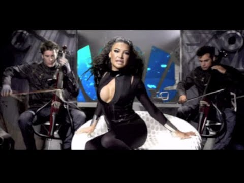 Tekst piosenki 2Cellos - Supermassive Black Hole ft. Naya Rivera po polsku