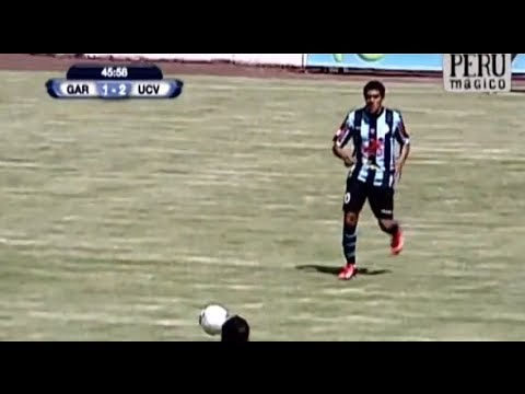 Spectacular volley from Mauricio Montes - Real Garcilaso vs Universidad Cesar
