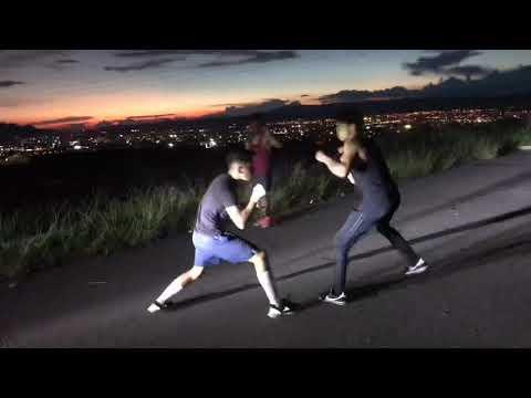 Peleas callejeras parte 4 (Boxeador vs callejero)