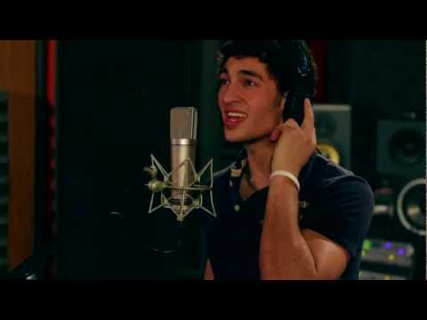 Fun. We Are Young featuring Janelle Monáe- (Acoustic Cover)- Jason Levy