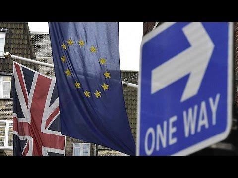Ο Ντέιβιντ Κάμερον καλείται να πείσει τους Βρετανούς να παραμείνουν στην Ευρώπη
