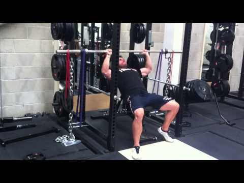 Pimp my Incline Press with Ross Edgley  - chains , bands and weights dangling off bands !! (видео)