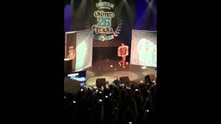 Digitour Hayes Grier & more doing the whip/nae nae dressed as food!