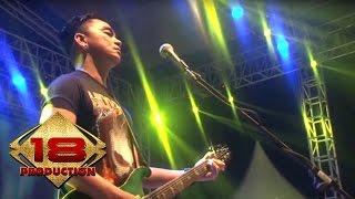 Video Ungu - Luka Disini | Hampa Hatiku  (Live Konser Cirebon 20 Mei 2015) MP3, 3GP, MP4, WEBM, AVI, FLV November 2018