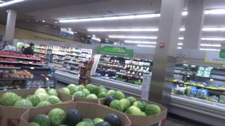 Oxon Hill (MD) United States  city photos gallery : Aruna & Hari Sharma Shopping at Safeway Grocery Store in Oxon Hill, MD, USA May 21, 2016
