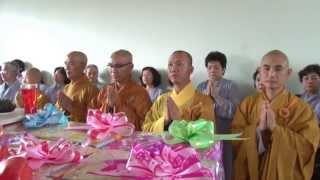 Hội Từ Thiện Bàn Tay Nhân Ái - Cúng Dường Trai Tăng Tại Trường CĐPH Đà Nẵng