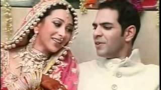 Video YouTube - Karisma Kapoor Wedding ( PART 8 ).flv MP3, 3GP, MP4, WEBM, AVI, FLV Juni 2019