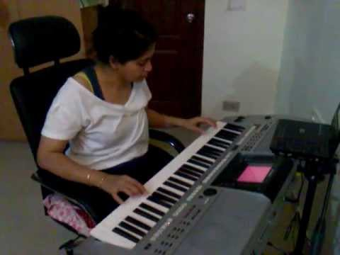 Video Yeh Raat Bheegi Bheegi - Chori Chori 1956 - performed by Shruti download in MP3, 3GP, MP4, WEBM, AVI, FLV January 2017