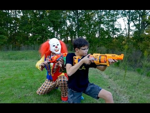 Nerf War: Creepy Clown