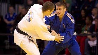 """Judo zeichnet sich vor allem durch seine Vielseitigkeit aus. Ob als Lebensphilosophie, Erziehungstechnik, Stütze in der Persönlichkeitsentwicklung oder reiner Selbstverteidigungskurs. Schnell ist klar: Judo ist mehr als Sport, denn das Prinzip """"Siegen durch Nachgeben"""" hat für alle Bereiche Wert. Daher ist es auch nicht verwunderlich, dass Judo eine der am weitesten verbreiteten Kampfsportarten der Welt ist und in über 150 Ländern ausgeübt wird.Ziel ist es vor allem, den Gegner durch verschiedene Techniken auf den Boden zu werfen und anschließend dort zu halten, bis dieser aufgibt. Gleichzeitig werden aber auch bestimmte Fallübungen gelehrt, die für eine geringe Verletzungsgefahr sorgen. Denn im Mittelpunkt des Judo steht das gegenseitige Helfen und Unterstützen, weshalb die Schüler, auch """"Judoka"""" genannt, hauptsächlich miteinander trainieren. Das vermittelt Verantwortung und Rücksichtnahme und stärkt das Moralempfinden, das Selbstbewusstsein und schlussendlich die Persönlichkeit. Ein Grund mehr, sich den fernöstlichen Sport einmal genauer anzuschauen."""