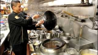 Video Chef Chung cooks at Cuisine Cuisine, Hong Kong MP3, 3GP, MP4, WEBM, AVI, FLV Mei 2019