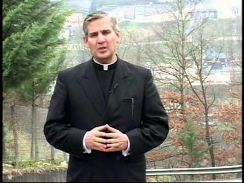 MILAGROS - Narración de milagros eucarísticos por sacerdote.