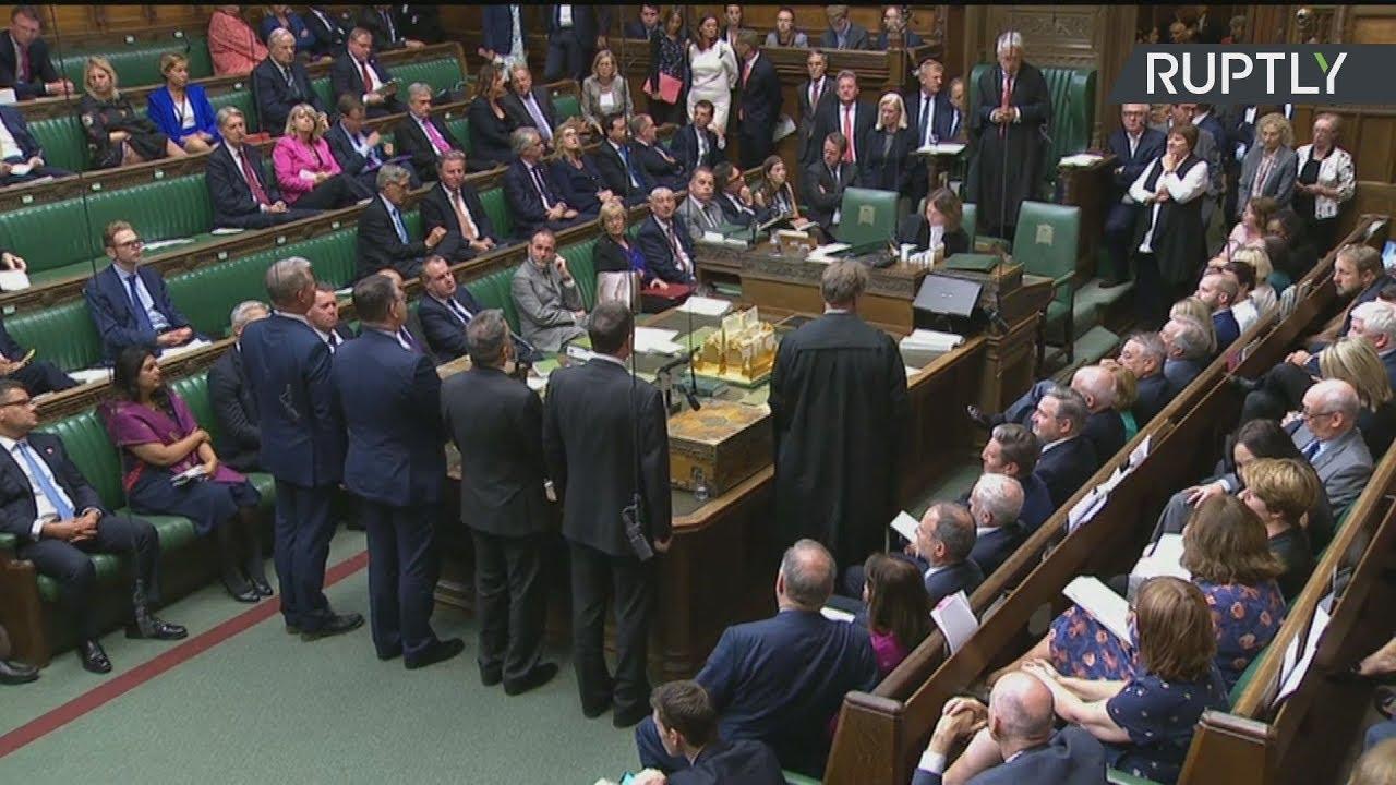 M. Bρετανία: Πρώτο «ναι» της Βουλής στον νόμο για την αναβολή του Brexit