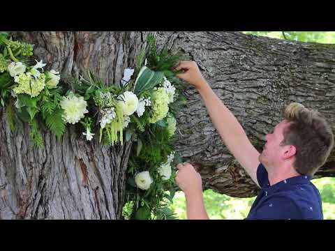 How to Create a Wedding Day Garland