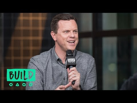 "Willie Geist Sits Down To Chat About His Show, ""Sunday TODAY"""