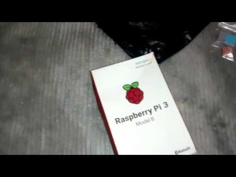 Desembalando a Raspberry pi 3 em1 kit