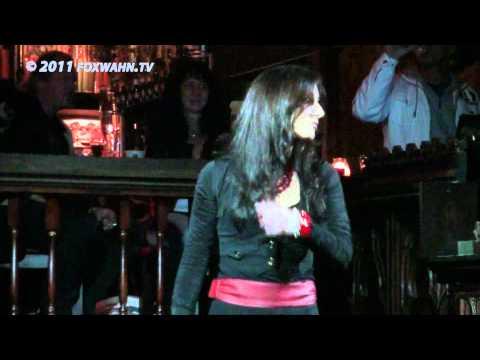 Lina Lombardo beim Popschlagerclub-Künstlertreff