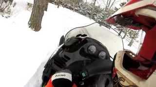 6. Arctic Cat z 440 2001 Snowmobiling