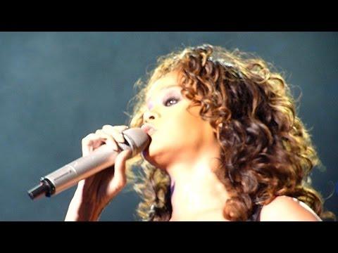 Rihanna LOUD TOUR München 25.10.2011 Part V Let Me