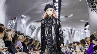 PFW 2018: Dior, Pragmatic Yet Down to Earth