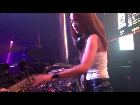 DJ Trang Moon Tại MDM Music Club