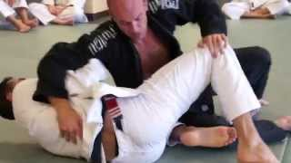 Brazilian Jiu Jitsu | Flow Rolling | Academy Archives | ROYDEAN.TV