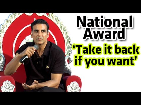 Akshay Kumar Gets ANGRY, Gives Away National Award
