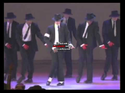 Video Michael Jackson dancing on Aahun Aahun Saif Ali Khan Love Aaj Kal download in MP3, 3GP, MP4, WEBM, AVI, FLV January 2017