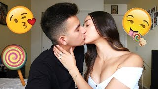 Download Video THE CANDY KISSING CHALLENGE!! MP3 3GP MP4