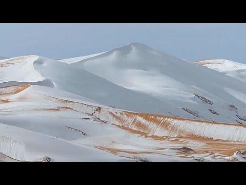 Schnee in der Wüste