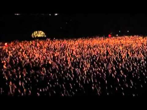 Red Hot Chili Peppers - 16. Chad & Josh Drum Solo & Frea Trumpet