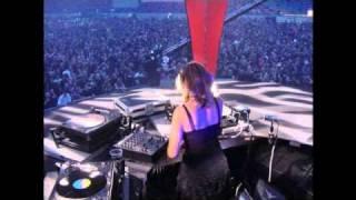 Video Lady Dana live @ Qlimax 2002 full (audio only) MP3, 3GP, MP4, WEBM, AVI, FLV Mei 2019