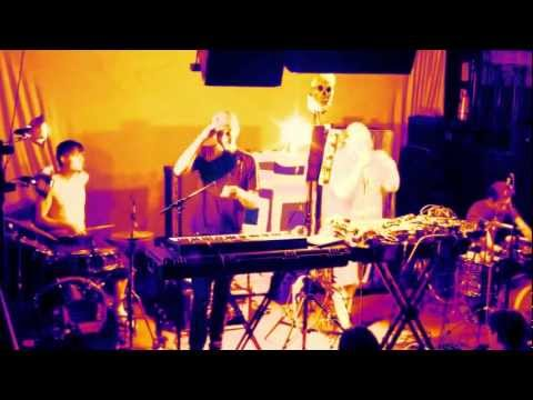 Live Music Show - Dan Deacon Ensemble, Live 2012
