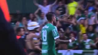 Dia 12/08/2015 - Jogando em Curitiba, o Palmeiras perde a terceira seguida para o Coritiba. *Assista vídeos de todos jogos do...