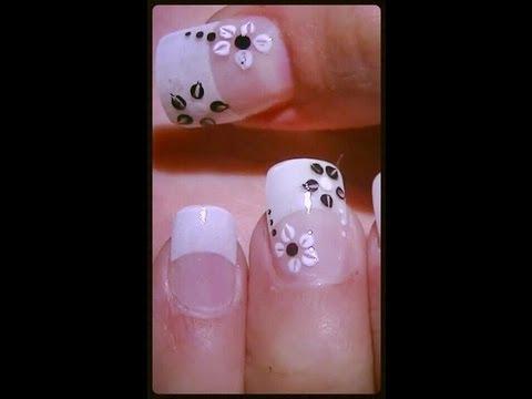 nail art - fiori semplici