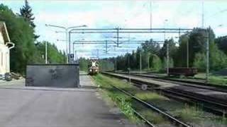 Nonton Light-running Sr1-electric locomotive passing Suonenjoki Film Subtitle Indonesia Streaming Movie Download
