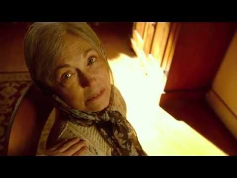 The Visit - Extrait : Becca entend mamie rire (VF)
