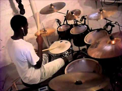 Kanye West - Flashing Lights (Drum Cover)