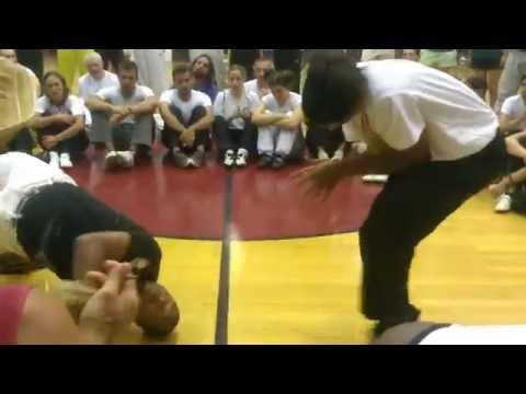 Mestre Ediandro, Mestre China. Capoeira Senzala de Santos I (видео)