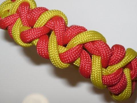 """Freundschaftsarmbänder knüpfen """"Claw Bracelet"""" aus Paracord in Deutsch auch als Blog"""